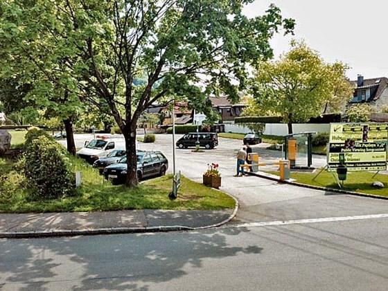 Seilbahnparkplatz Do 7 Mai 14h15